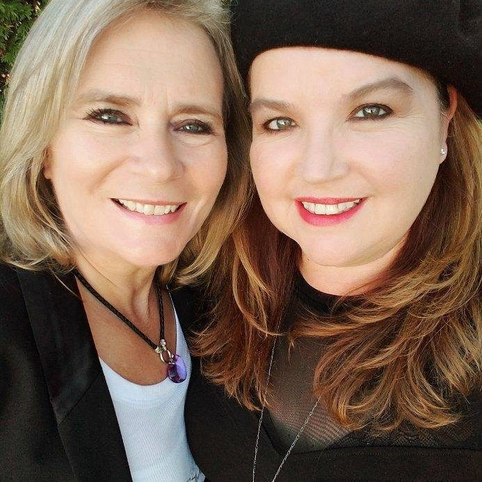 Caroline and Laurie Hart